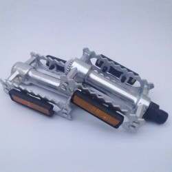 CLASSIC RETRO ALLOY SPORT PEDALS FOR ROAD BIKE